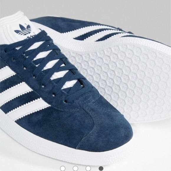 7ce61209563 NWT Adidas Gazelle Platform Sneakers Blue Suede